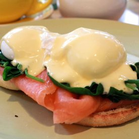 Eggs benedict with smoked salmon, spinach, hollandaise on english muffin (AUD 16)