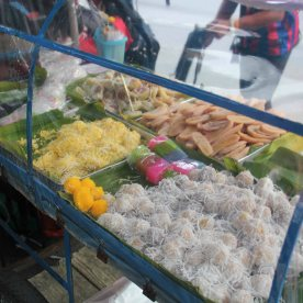 This stall was selling the best 'kuehs' I've had. It was so good!