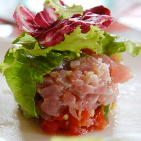 Yellow fin tuna tartare - Delicious! Even better than the one served in The Junction.