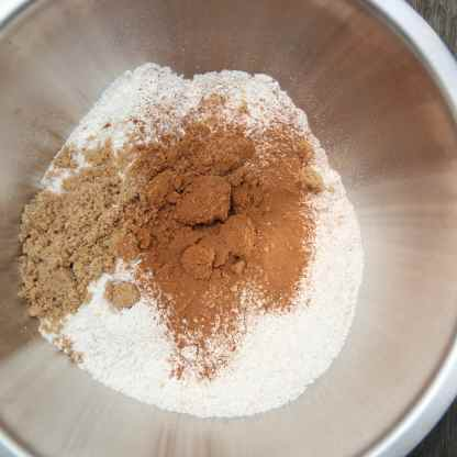 Mix the flour, sugar and cinnamon powder together in a large mixing bowl. Use your fingers to ensure that there are no lumps of flour or sugar in the mixture.